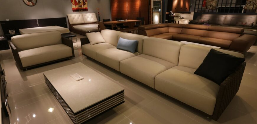 Lowest prices, best selection in home furniture